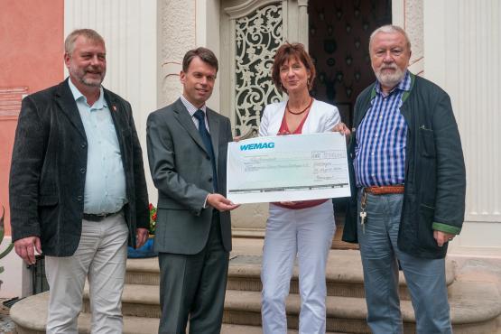 WEMAG spendete 500 Euro an das Schlossmuseum Wolfshagen