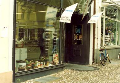 Alte Kundenberatung in Schwerin