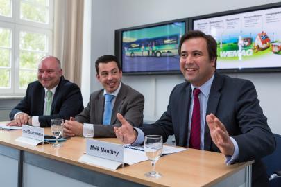 Raymond See, Jost Broichmann und Maik Manthey bei der Pressekonferenz