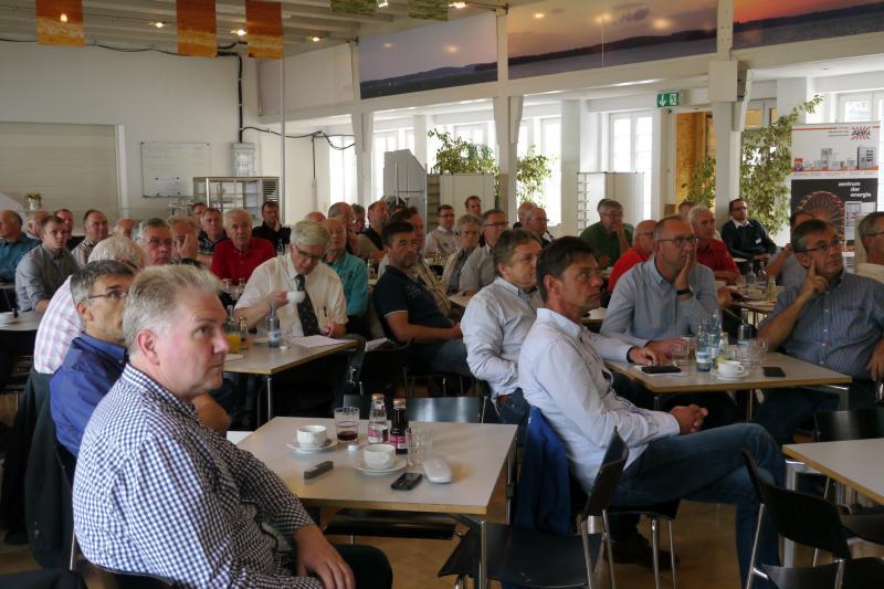 Viele Besucher bei der Gemeinschaftsveranstaltung des VDE und m-peG