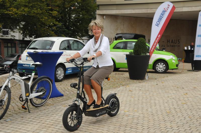 Tag der E-Mobilität im Ludwig-Bölkow-Haus der IHK zu Schwerin