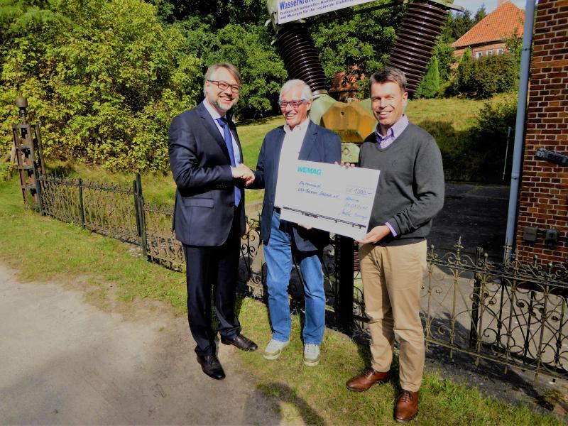 Doppelte Freude für den Verein Wasserkraftwerk Bobziner Schleuse