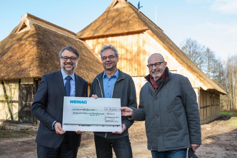 WEMAG Weihnachtssprende 2017 geht an den Förderverein Kirche und Pfarrhofensemble Cramon e. V.