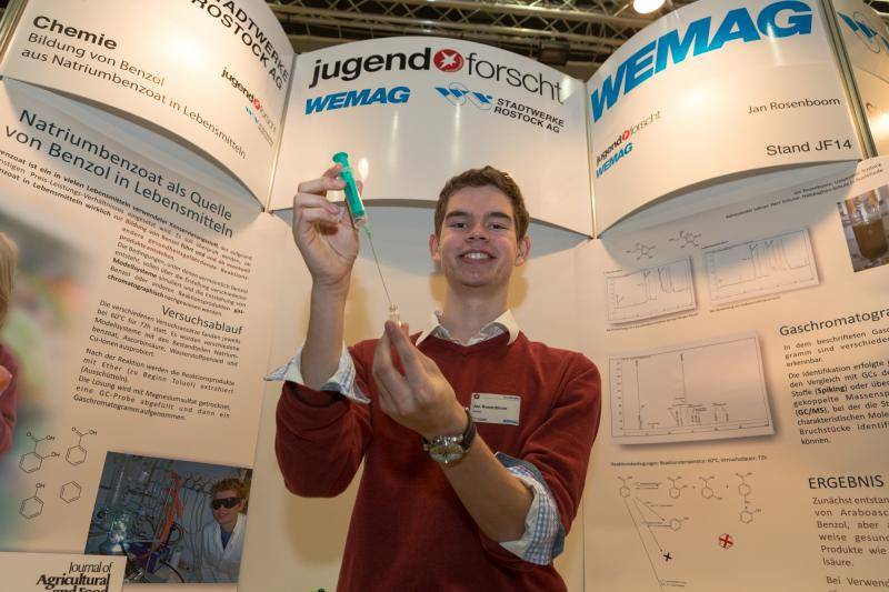 Jan Rosenboom belegte den 1. Platz im Fachgebiet Chemie