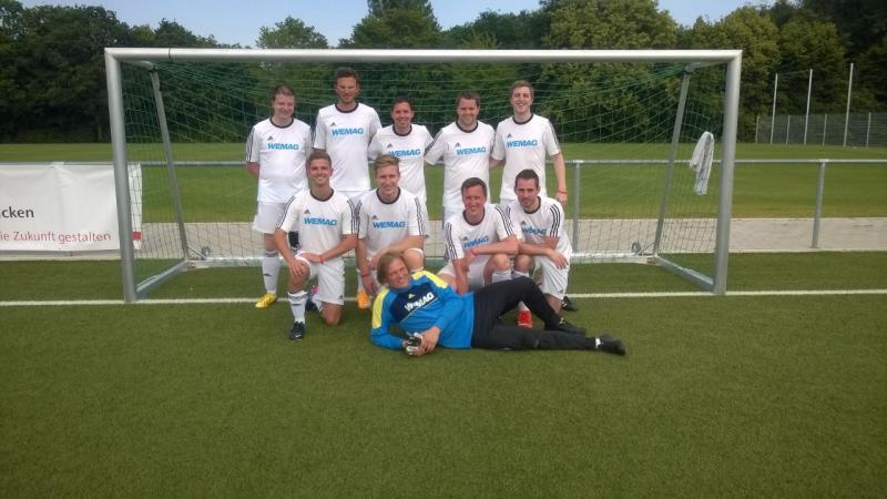 Das Fußballteam der WEMAG beim Thüga Cup