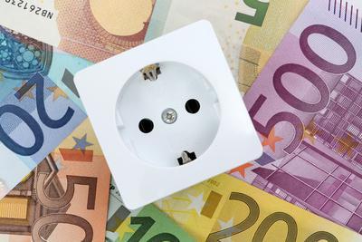 Der Strompreis an der Börse fällt