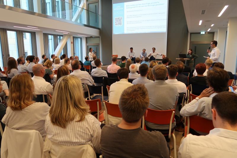 yeswego! als Good Practice in Hamburg vorgestellt