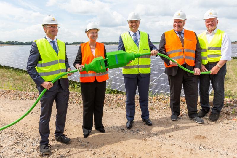 Inbetriebnahme Solarpark Zietlitz