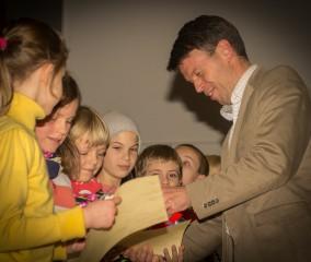 Caspar Baumgart ehrte die Sieger bei der Mathematikolympiade im Goethe Gymnasium in Schwerin