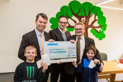 Übergabe des Spendenschecks an die CaritasWestmecklenburg