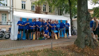 Das Team der WEMAG-Stromschnellen beim Drachenbootfestival 2016